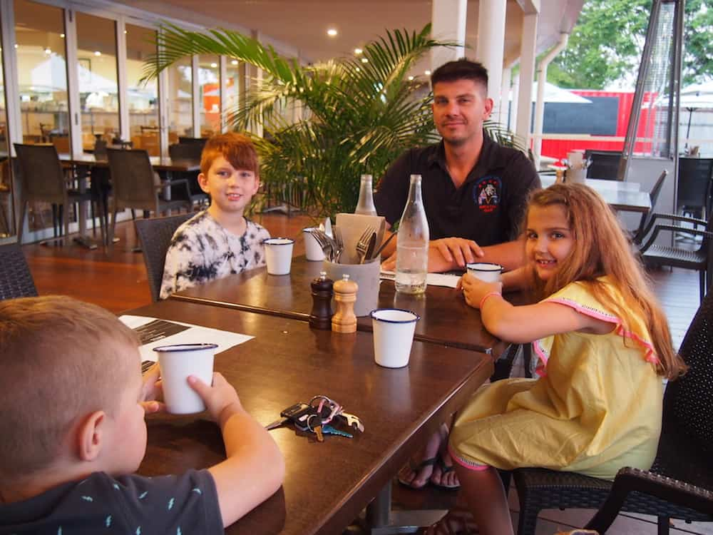 Family dining at Lot Two Seagulls Club