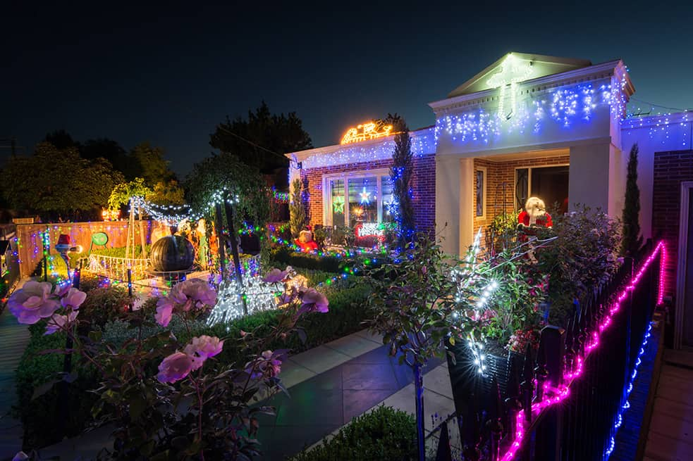 The Boulevard Ivanhoe Christmas lights