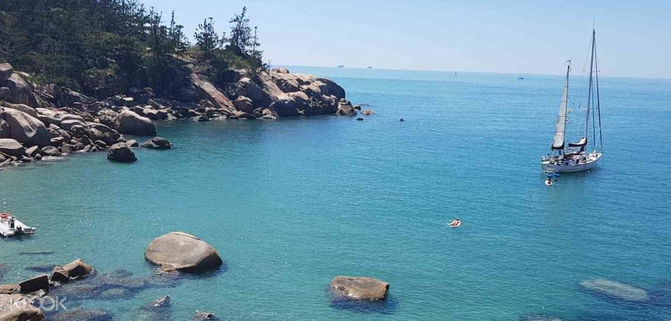 Private Yacht charter on Magnetic Island